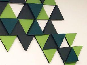 Lydabsorbent filtoverflade trekant